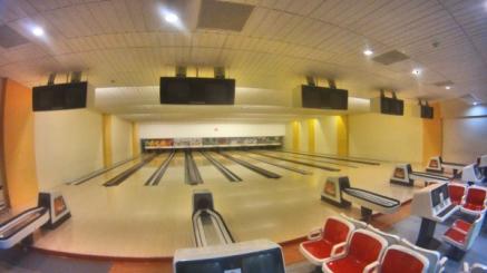 Arena Bowling 10 line