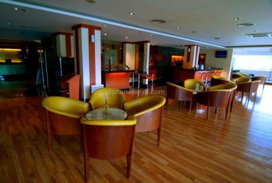 Mosaic Lounge Novotel Hotel