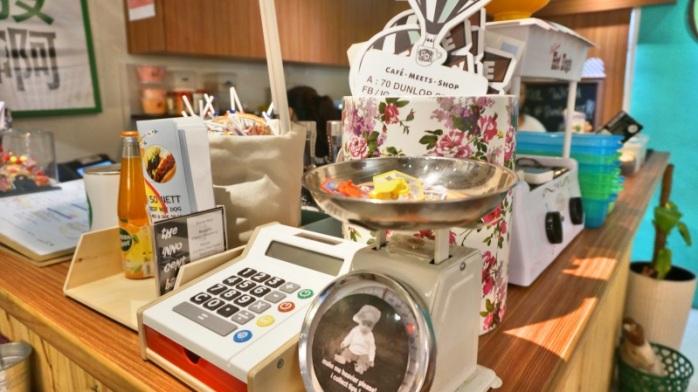 Flee Away Cafe - Little India Singapura