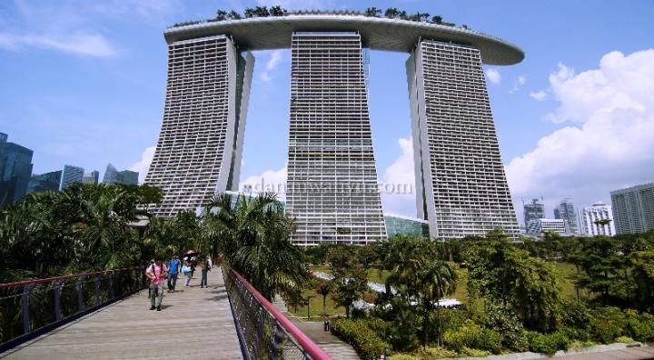Marina Bay Sands Hotel - ikon Singapura