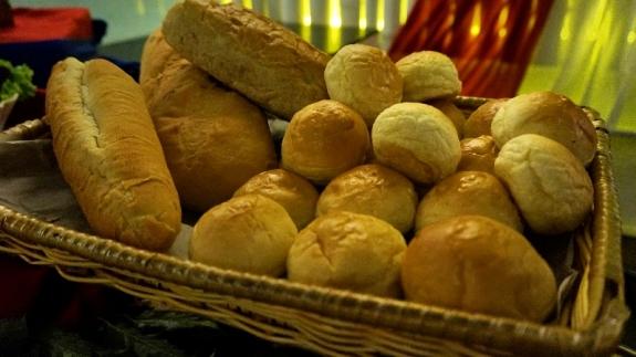 roti gandum - menu yang lebih nendang