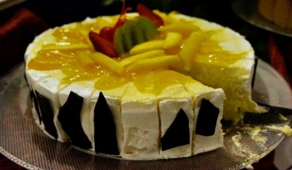 chesse cake dengan saus mangga