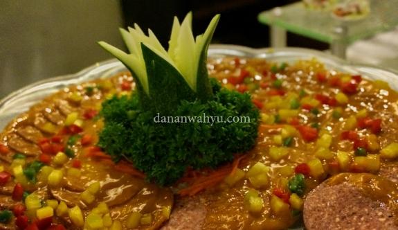 daging asap dalam saus nanas