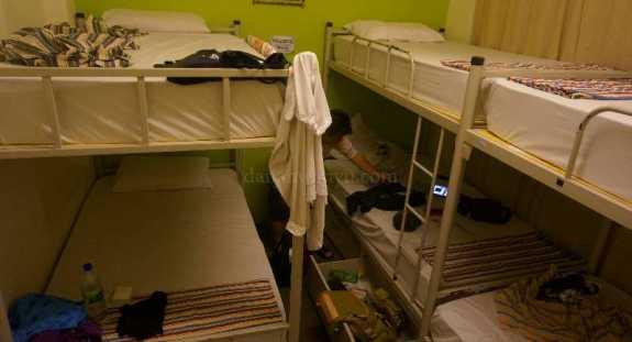 dormitory - kamar enam ranjang