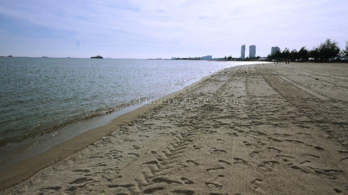 pantai Klebang - rasanya seksi kalau bisa lari-larian di sini