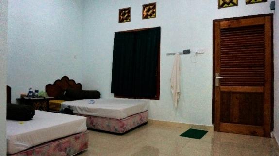 penginapan Sultan memiliki 6 kamar kasur ganda