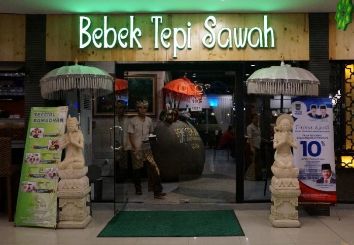 Bebek Tepi Sawah di City Walk Batam