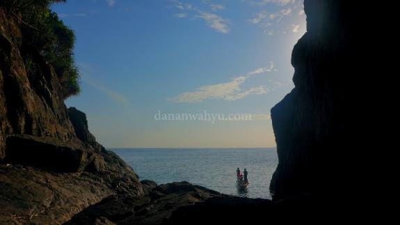 goa kelelawar di pulau Tenggiling