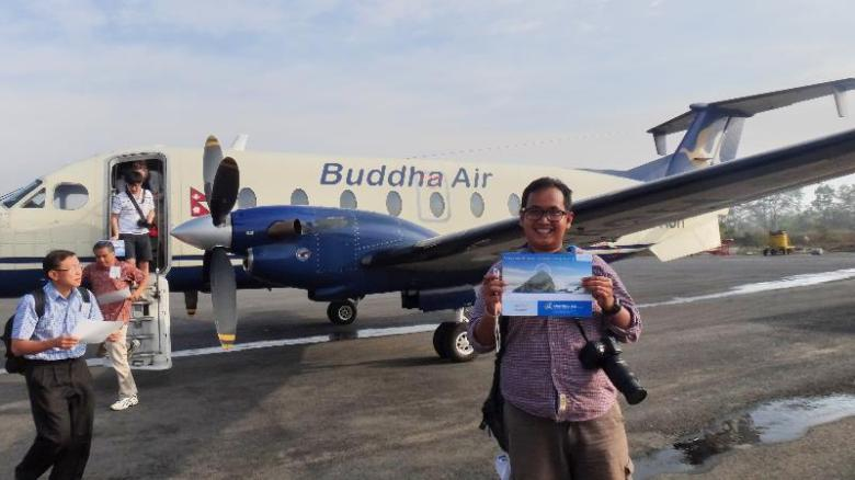 mendapat sertifikat setelah melewati penerbangan luar biasa
