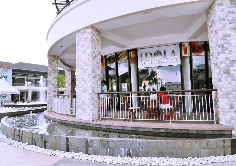 kafe tempat nongkrong asik di Plasa Lagoi