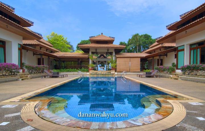 kolam renang Indra Maya Villas