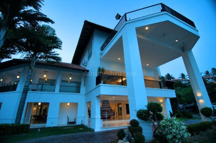 Bangunan Nongsa Point Marina & Resorts