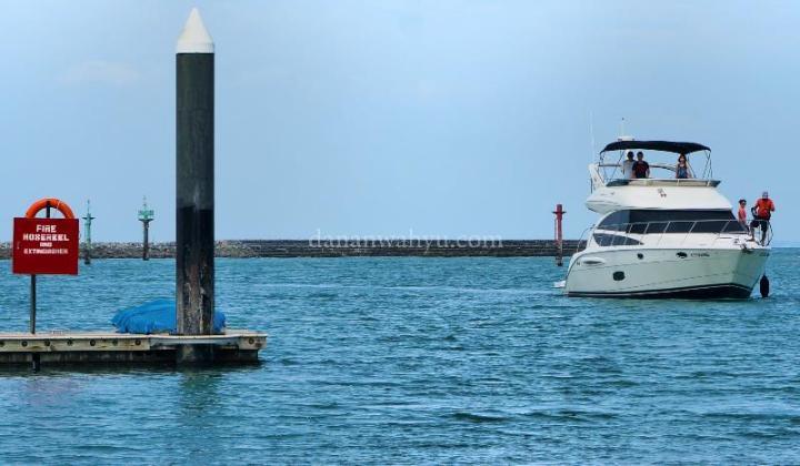 Kapal disewakan untuk aktivitas sea sport dan island hopping