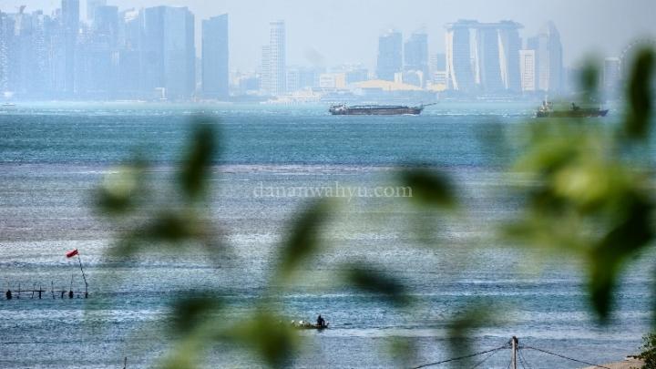 perairan Singapura tak pernah sepi