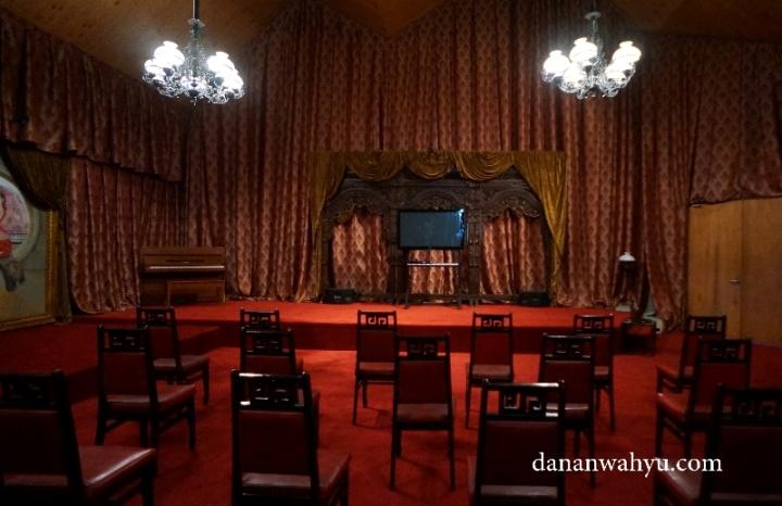resto atau ballroom yang akan mengingatkan jaman dulu