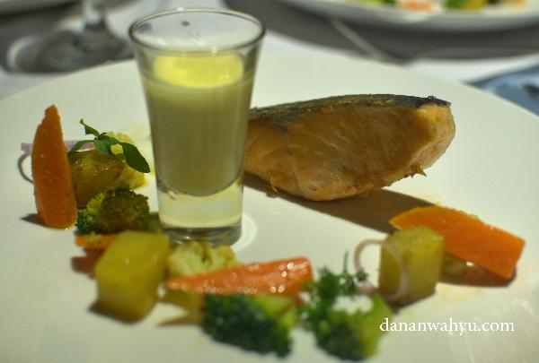 Atlantic Crispy Salmon - sajian pamungkas penuh rasa