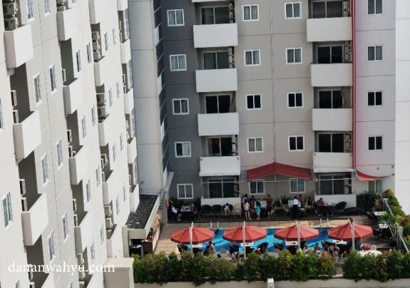 kolam renang tetangga , MG Suite Apartemen