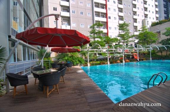 kolam renang MG Setos Hotel Semarang
