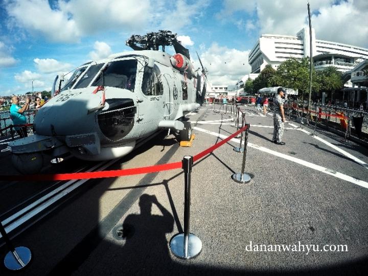 helikopter Sikorsky S-70B