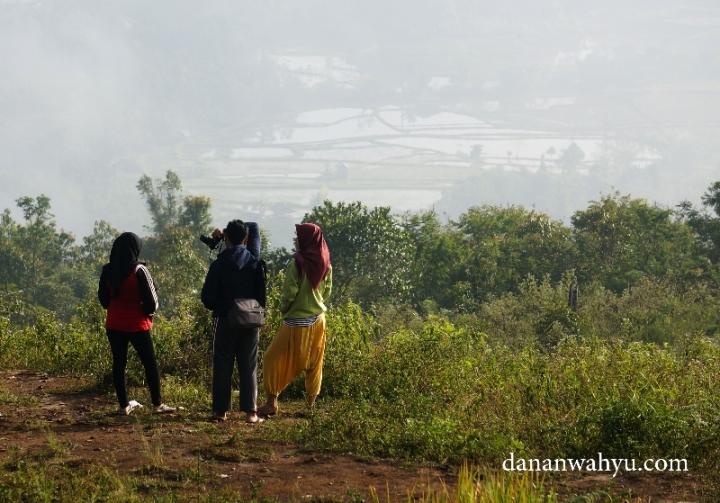 Dedek-Dedek ini jauh-jauh dari Kotabumi untuk hunting foto