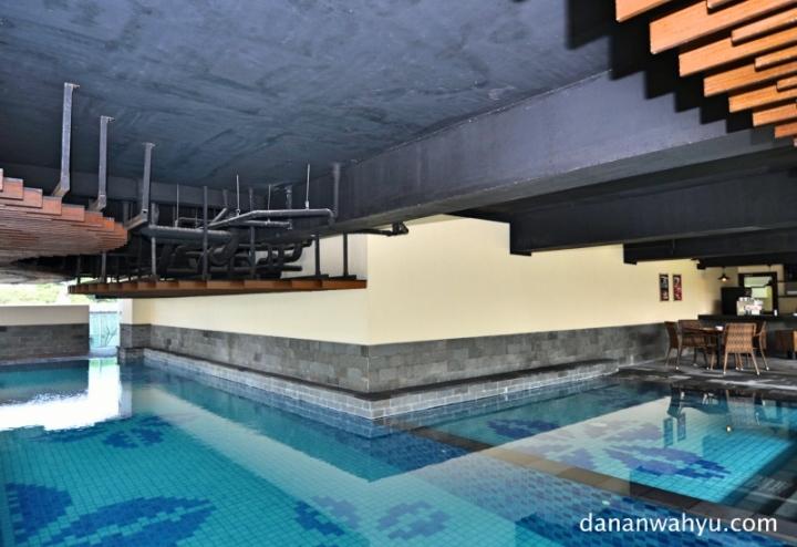kolam renang tempat aqua zumba