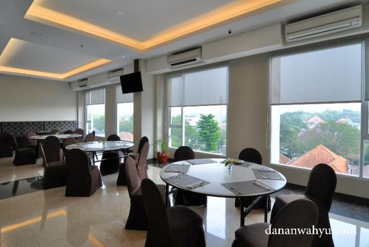 Grand tebu hotel menikmati bandung dari sudut kamar for Dekor kamar hotel di bandung