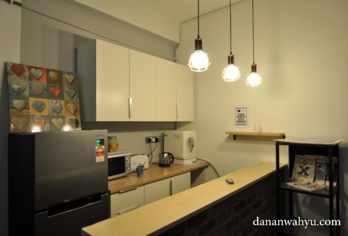 pantry tempat meracik kopi atau teh