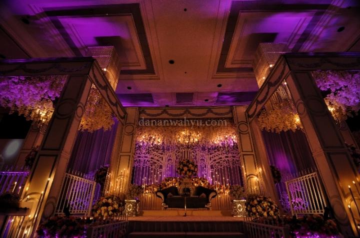 ball room untuk pest pernikahan dengan kapasitas 1000 orang