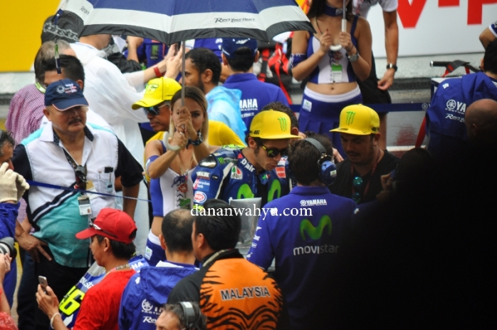Valentino Rossi sang legend Moto GP mengundang histeris penonton