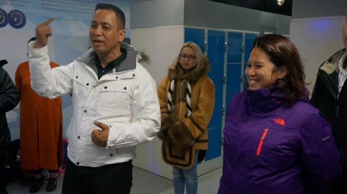 Norazani Shaiddin dan Emelin Tan