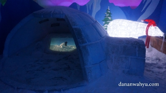 iglo rumah orang eskimo di kutub