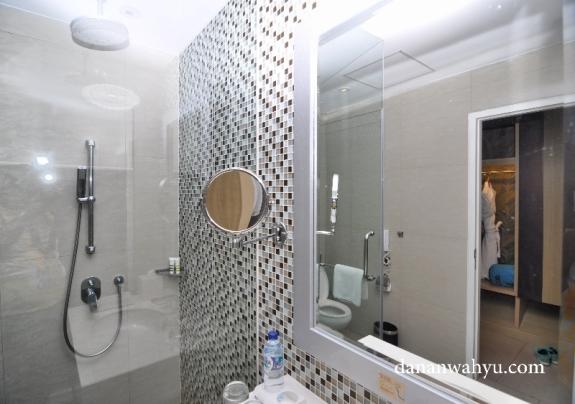Kamar mandi tanpa bathtube