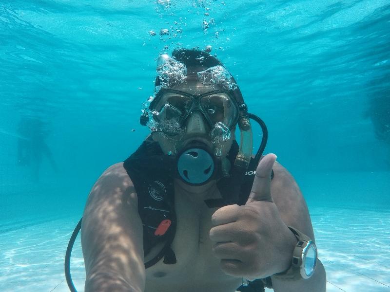 Mencoba Scuba Diving Bareng Max's Dive Center