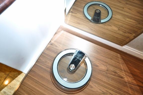 setiap kamar memiliki timbangan yang akan mengontrol berat badan