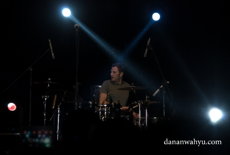 Aksi duo perkusi João Caetano dan Francesco Mendolia