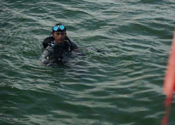 kembali bersiap menyelam di pulau Petong