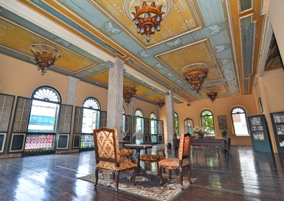 Ball room di lantai 2 Tjong A fie Mansion