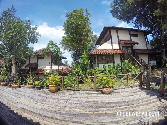 Nongsa Village Resort kawasan, kontrakan mahal ala ekspatriat