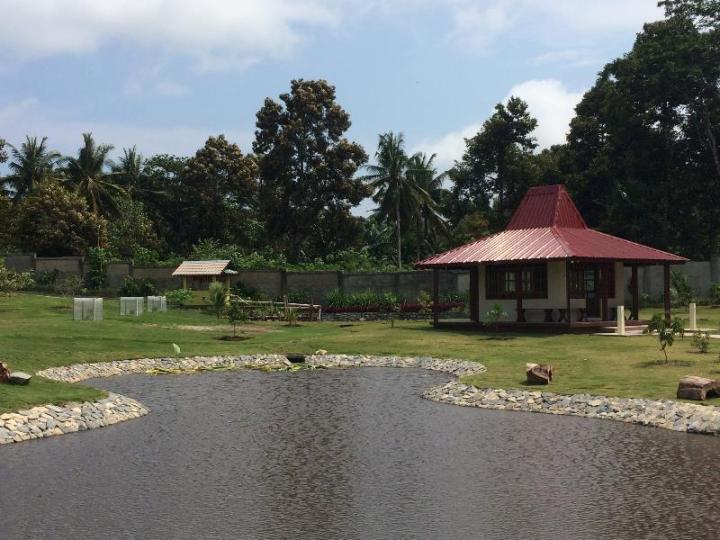 Musholla di Taman Pemancingan Poyotomo