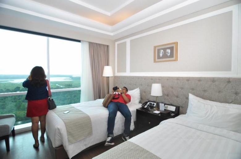 Jangan pernah puas memfoto kamar hotel dari satu sisi