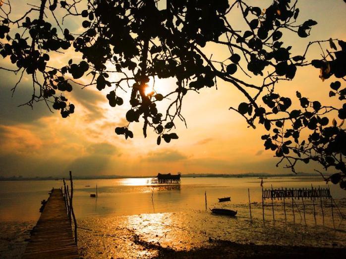 Ini pemandangan sore tempat kita nenda, pantai Terih Nongsa , Batam - Kepulauan Riau