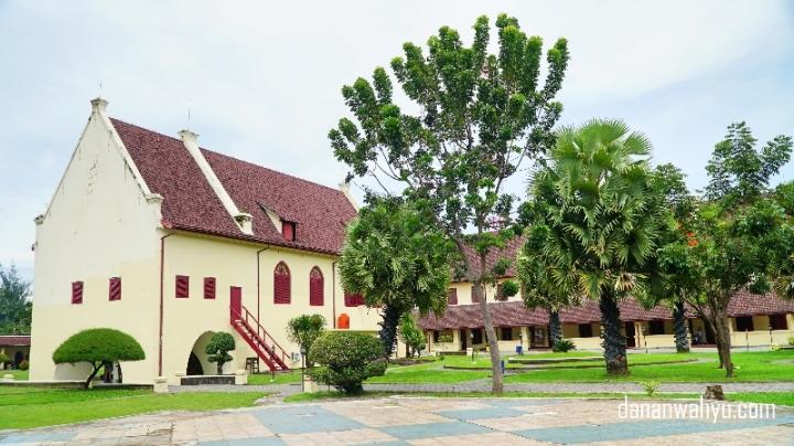 Benteng Fort Rotterdam Makassar menjadi persinggahan pertama