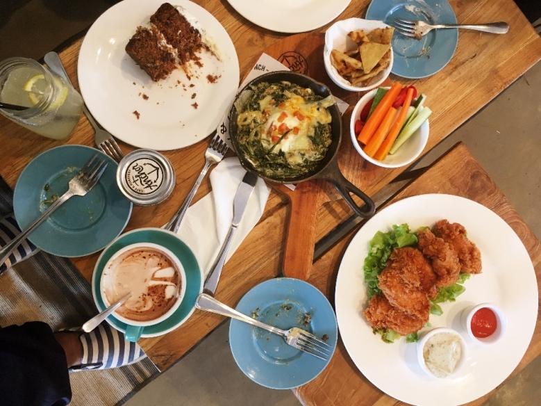 Setengah perjalanan nongkrong di Anchor Cafe & Roastery