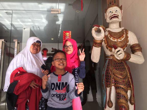 Foto dulu sebelum ke Bandung