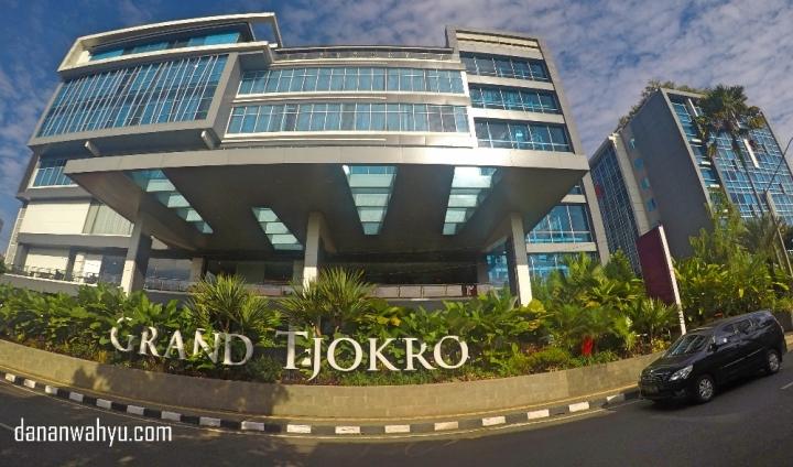 Grand Tjokro Premiere Hotel di Jalan Cihampelas Bandung