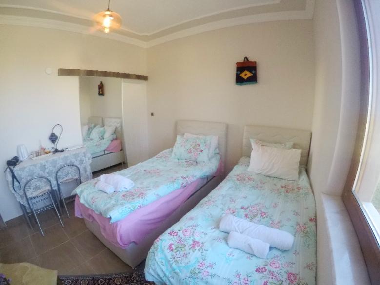 Seprai pink dan bed cover baby blue kombinasi ciamik