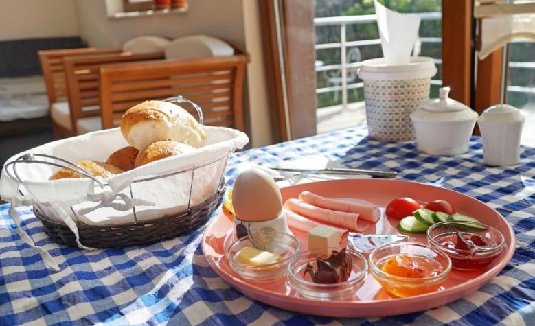 Sarapan saya pagi ini di Cozy Villa Capapodia