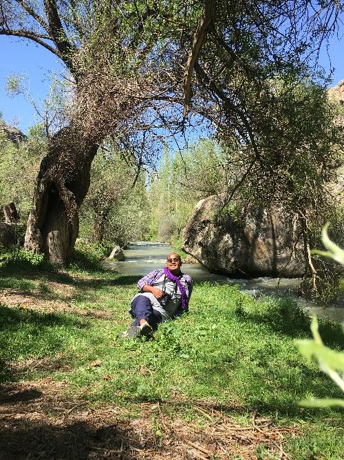 aku yang tergolek pasrah di tepi sungai lembah Ihlara