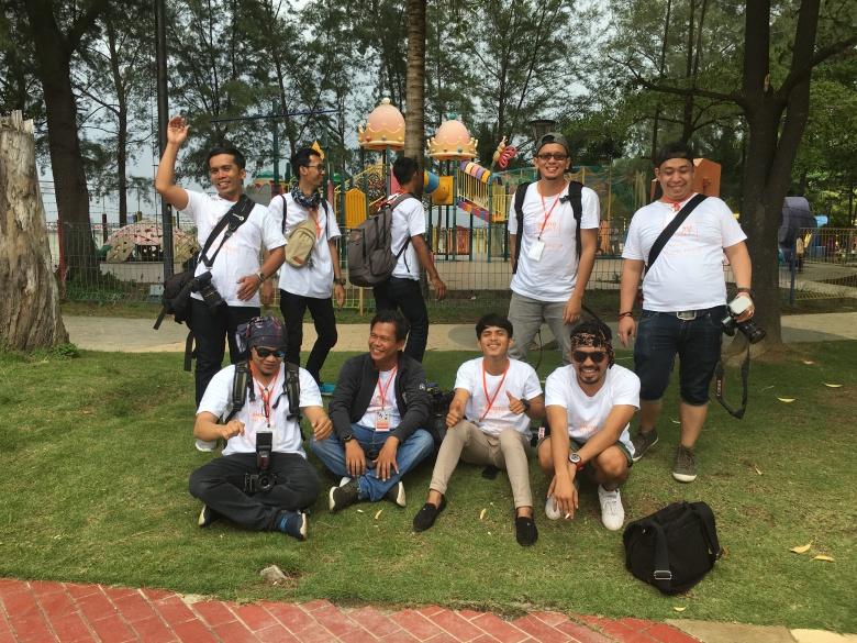 Foto bersama para fotografer