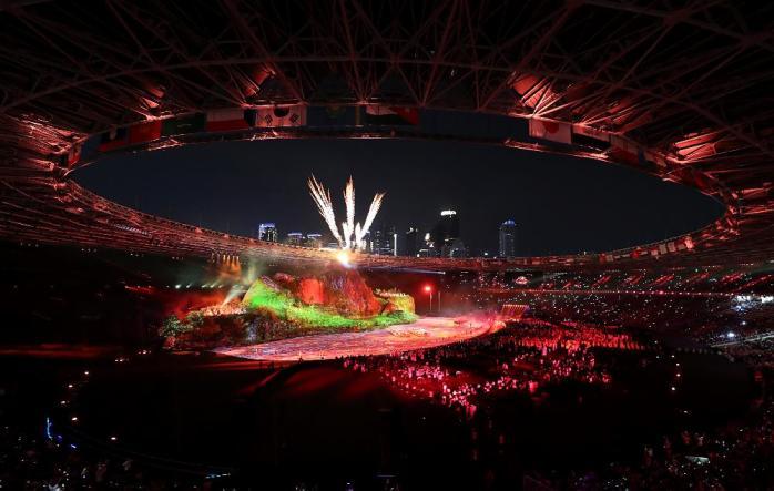 Meriahnya pembukaan Asian Games ke 18 tahun 2018 di Istora Bung Karno